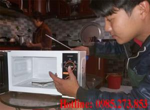 Sửa lò vi sóng giá rẻ